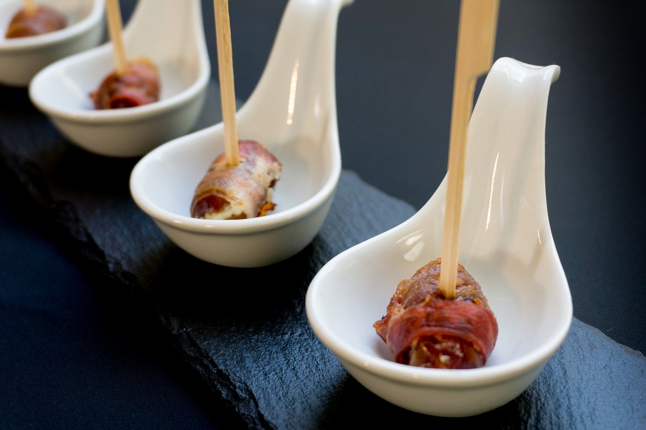 Dátiles en Bacon Datteln im Speckmantel